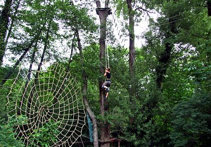 Rope climbing and high rope courses for each age