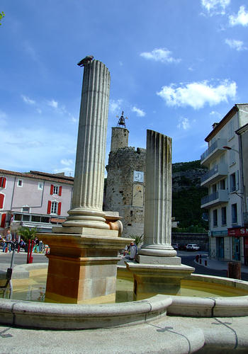 Fountains of Anduze: La Fontaine du Bicentenaire